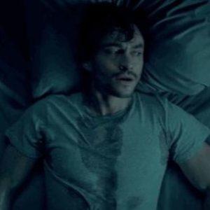 Мужчина проснулся в холодном потму