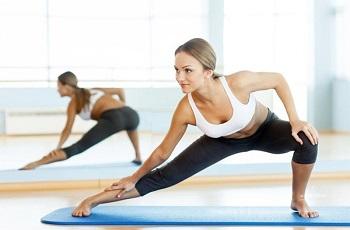 Упражнения на растяжку ног